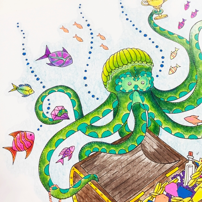 Lost Ocean Colouring Pencils Hochanda Sarah Hurley Close Up3