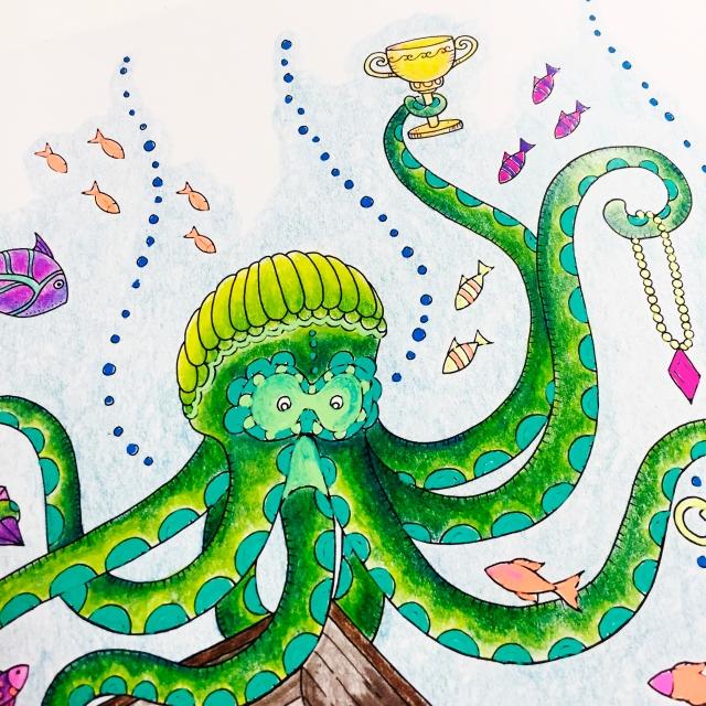 Lost Ocean Colouring Pencils Hochanda Sarah Hurley Close Up4.jpg