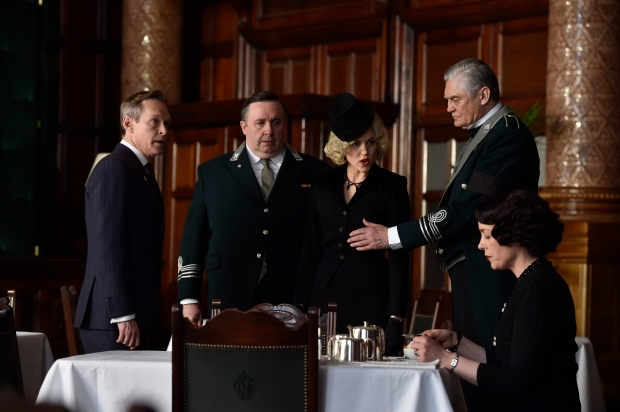 the_halcyon_episode2_11